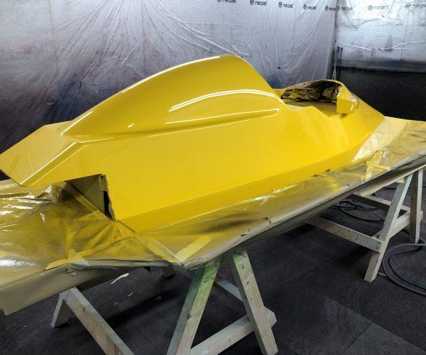 Formula 3 Race Car Plug